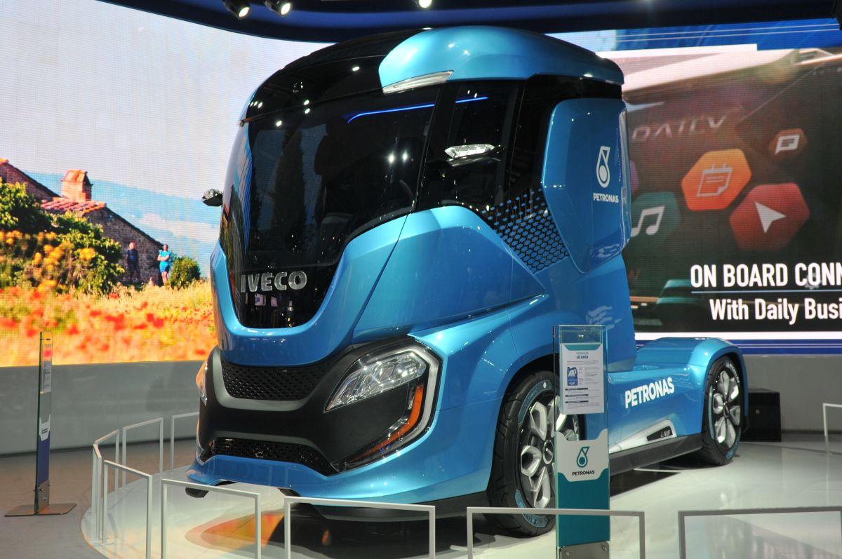 Ed Design Torq >> Z-Truck, noul concept de la Iveco   Stiri despre camioane ...