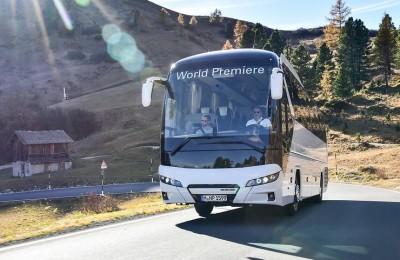 P_Bus_EOT_Tourliner_08_width_740