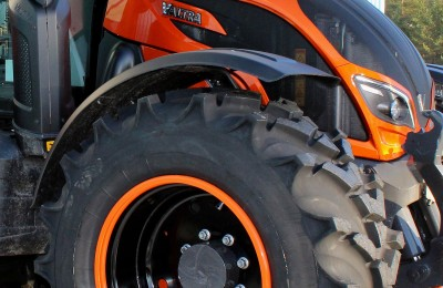 Nokian Concept Tyre and Valtra N174